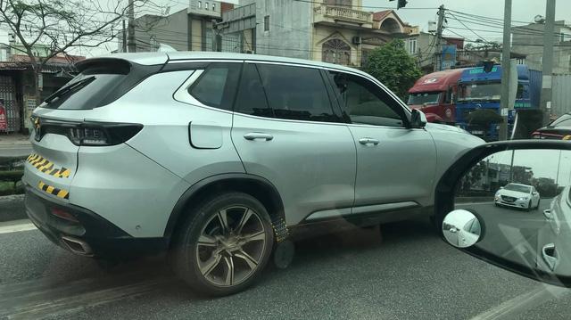 58 xe VinFast Lux và VinFast Fadil được thử nghiệm trên đường phố Việt Nam