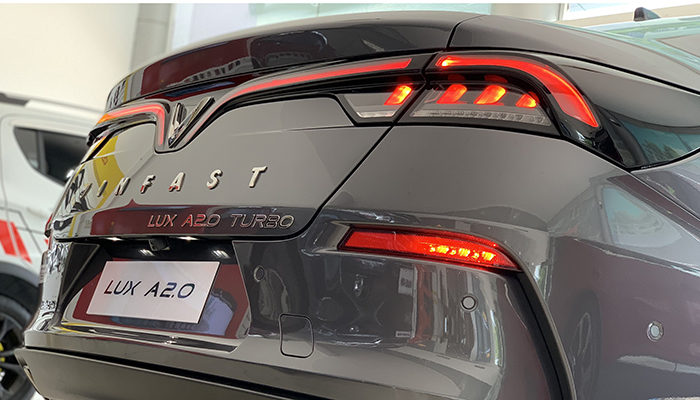 giá xe vinfast lux a2.0 tại VinFast Cần Thơ