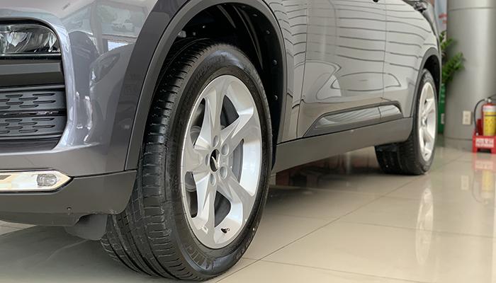 Măm xe 19 inch của vinfast lux sa tại vinfast cần thơ